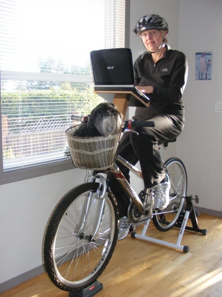 Judy_surfs&rides_w_sidekick